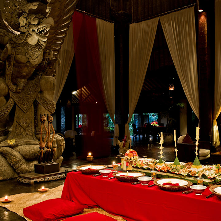 Garuda Megibung Dining Experience at Hotel Tugu Bali