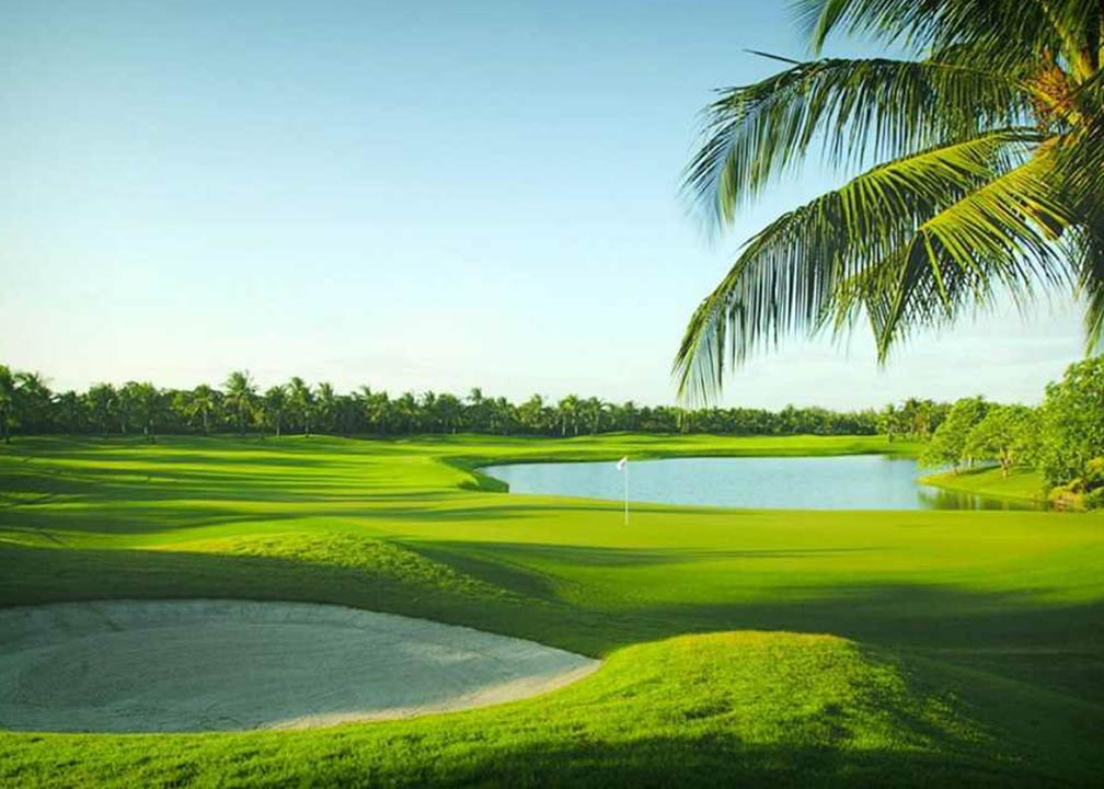 Special Offers Golf Course at Tanah Lot with Hotel Tugu Bali