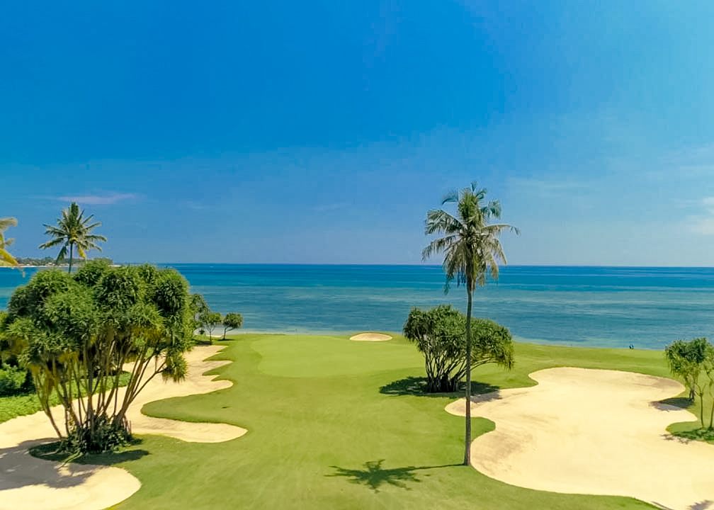 Golfing by the Sea at Hotel Tugu Lombok