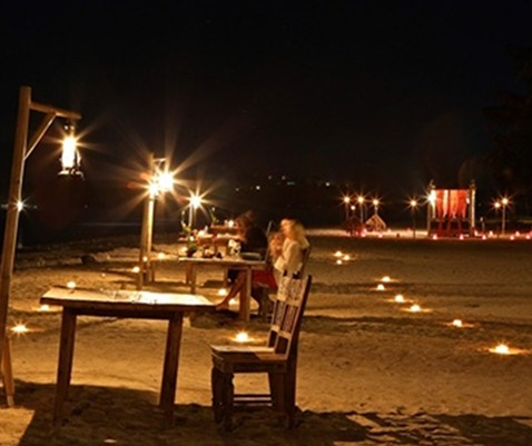 Romantic Dinner by the Sea at Hotel Tugu Lombok